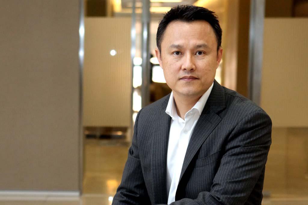 พิพิธ เอนกนิธิ รองกรรมการผู้จัดการ ธนาคารกสิกรไทย