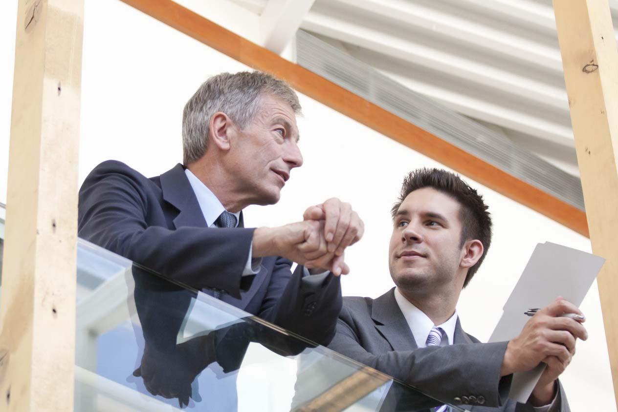 การโค้ชพนักงานรุ่นใหม่โดยผู้บริหารอาวุโส คือวิธีการที่หลายองค์กรนำมาใช้ในปัจจุบัน